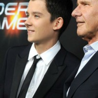 asa-butterfield-enders-game-hwood-premiere-02